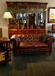 A Very nice 19th C. mahogany Breakfront Bookcase with Chesterfield