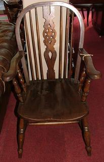 Windsorchairs with armrest