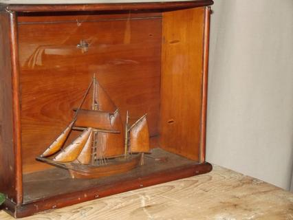 Very special model of sailship in wooden box with glass front = Diomara