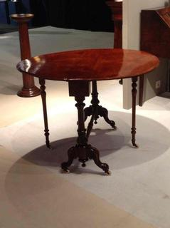 Lovely 19thC burr walnut sutherland table